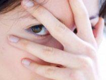Как побороть стеснение и скованность у ребенка? Стеснительный и скованный ребенок: что делать? Застенчивый и замкнутый ребенок: Как помочь ему раскрыться.