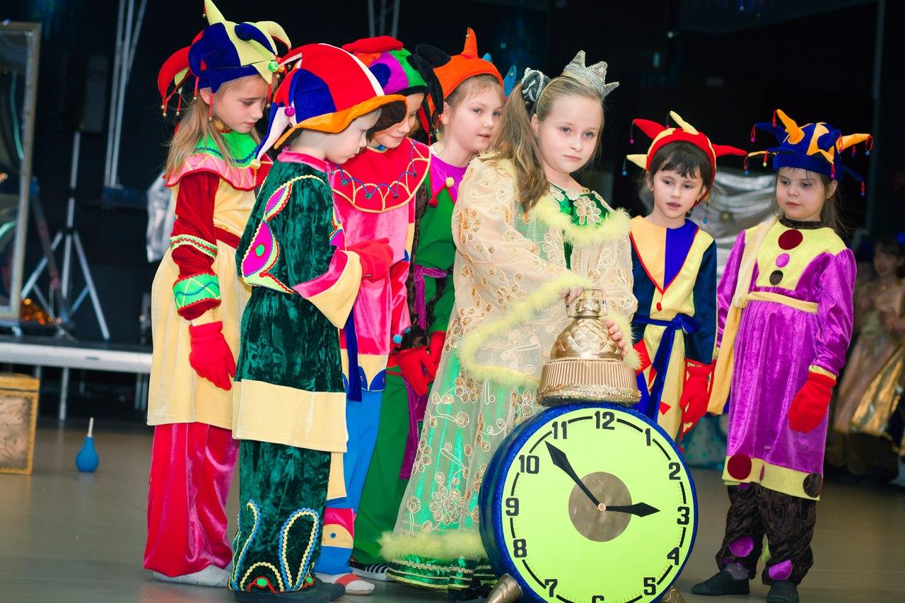 Детская театральная студия A-school в Алматы.Детский театр студия в Алматы. Театральная студия для детей отзывы. Детская театральная студия занятия.